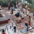 13 govindhs yoga-gruppe