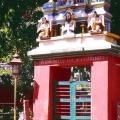 5. Eingang zum Ashram (trinitarisch oben Mitte)