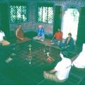 7. in der interreligiösen Meditationshalle