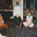 15 Rashid, Ananda lehrt, Halima, Michael, Jutta.jpg