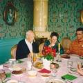 4 zu Tisch - ohne Peter, aber mit Ananda.jpg