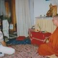 6. Buddha Puja mit Deepal und Ananda.jpg